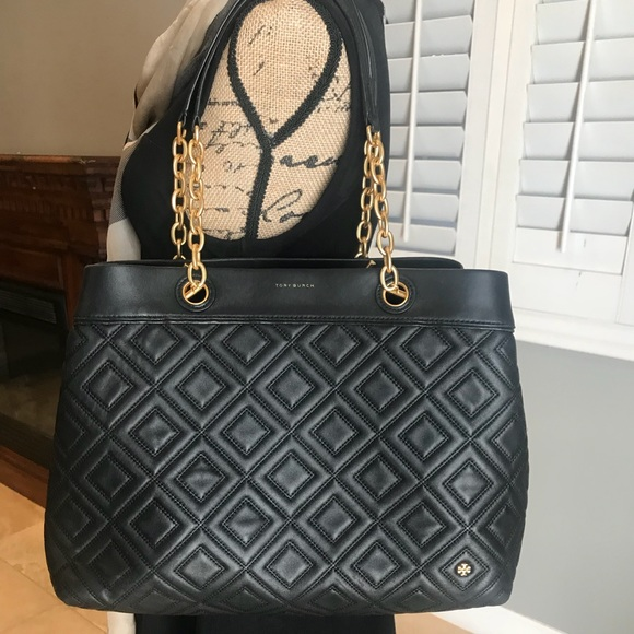 03f9e4e9e20 Tory Burch Bags | Fleming Quilted Leather Tote Bag | Poshmark
